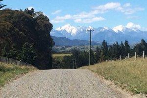 Kaikoura Mountains from the road